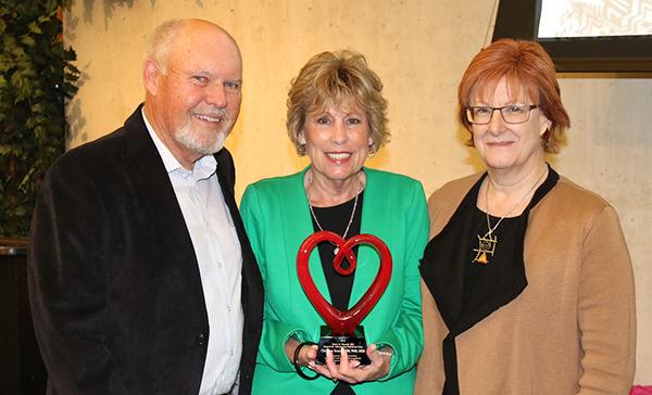 Knutson with award